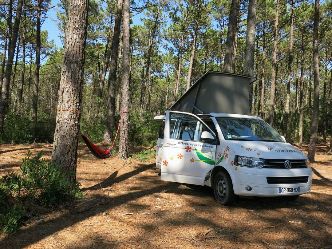 VAN-AWAY_roadtrip_camper_van_amenage_portugal_5