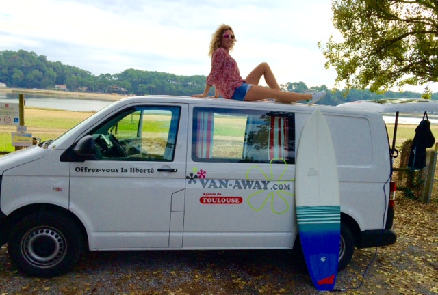 VAN-AWAY_roadtrip_camper_van_amenage_surf_4