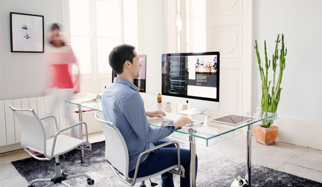 celine design une agence web avec du go t et des couleurs montpellier annuaire de site web. Black Bedroom Furniture Sets. Home Design Ideas
